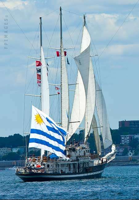 Schooner Capitan Miranda at Parade