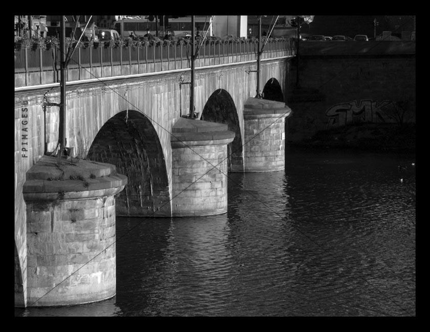 river Po bridge first stone bridge in Torino,