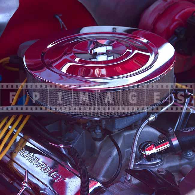 Chevrolet v8 sports engine detail picture