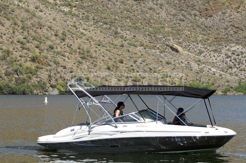 Speed Boat in the Salt River Reservoir