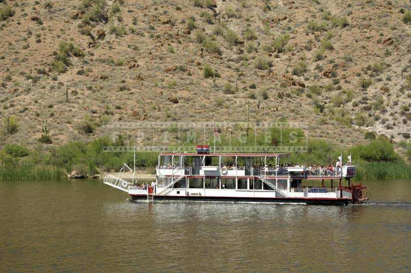 Salt River Reservoir tour on a Dolly Steamboat, Arizona attractions travel images