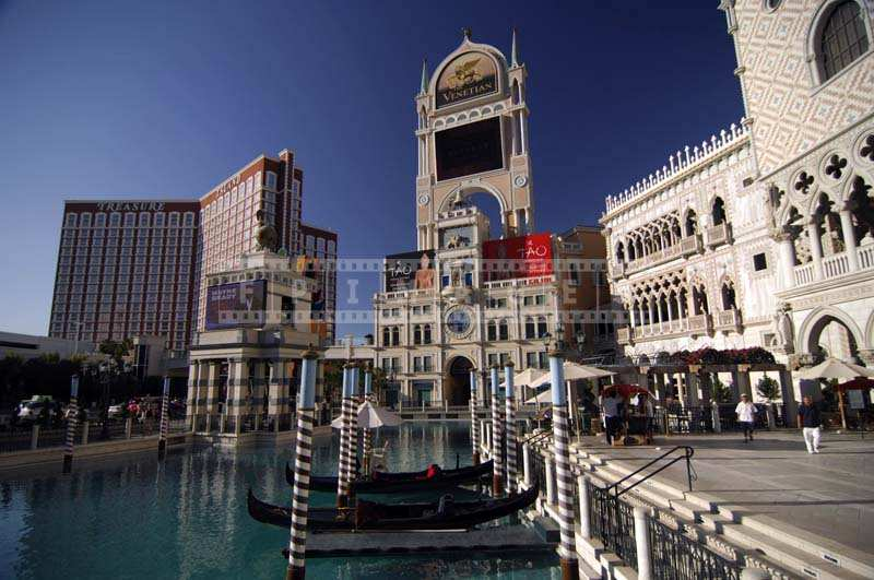 The Venetian Resort, gondolas