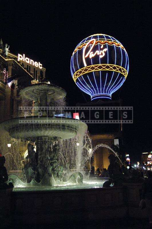 Elegant Fountain near Paris Casino, Las Vegas Boulevard