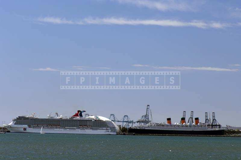 Cruise Boat and Queen Mary museum in the port