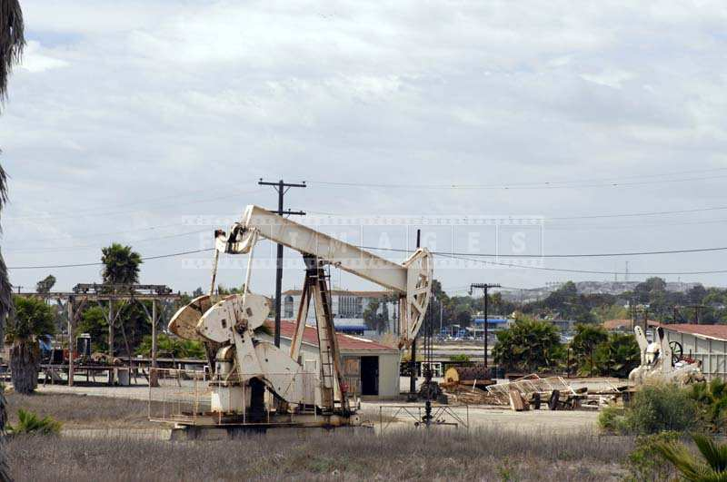 Oil rig Production Equipment - pumpjack
