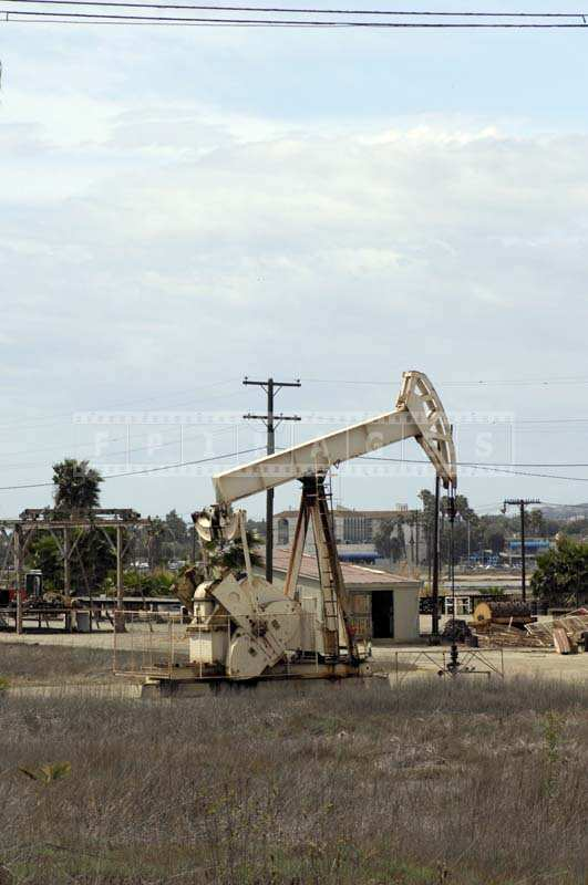 Picture of the Oil Production Machine