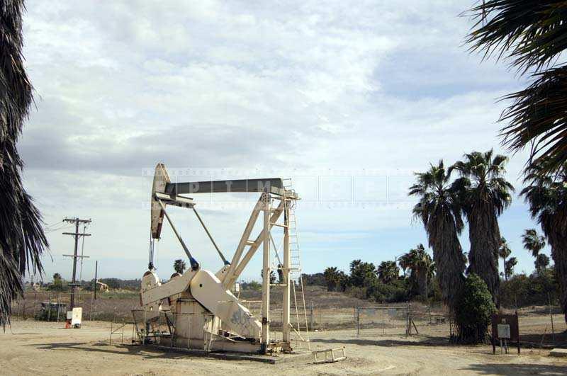 Petroleum engineering equipment