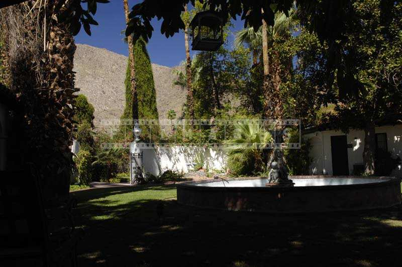 Ingleside Inn delightful fountain in the courtyard