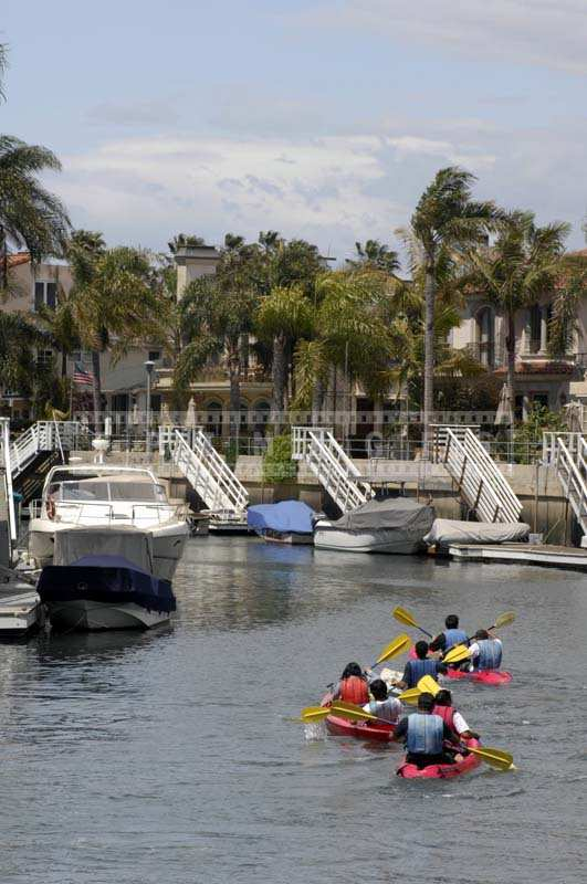 Naples Island Canal Long Beach: A Perfect Kayaking Destination