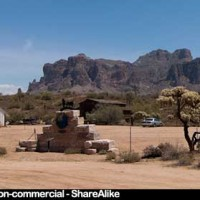 Superstition Mountains landscape picture, free image