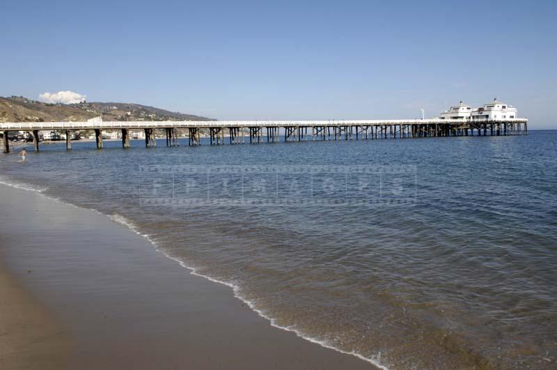 Beach background of the Malibu Pier