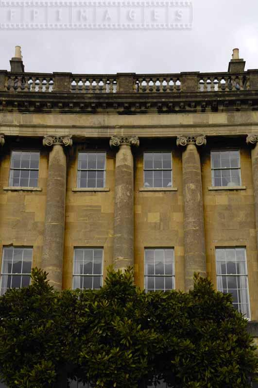 Columns and windows of the Royal Crescent
