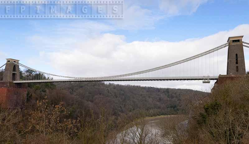 Clifton bridge spanning the gorge