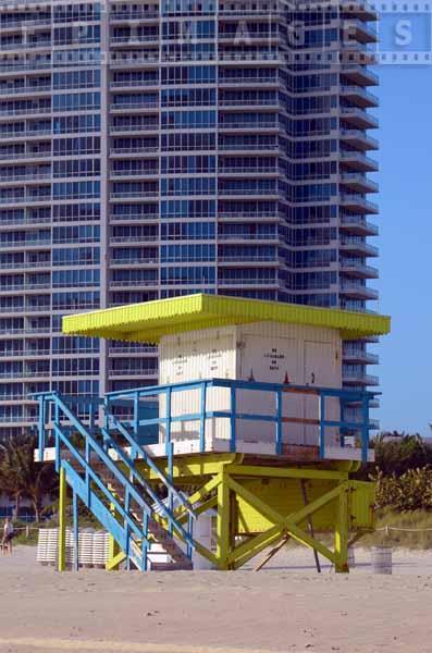 Beach photo of lifeguard tower