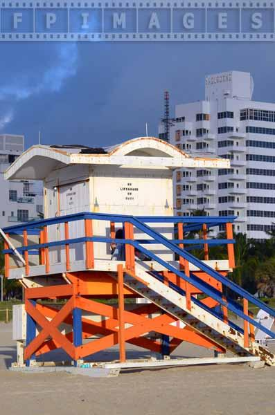 art deco lifeguard station colored in white, blue and orange