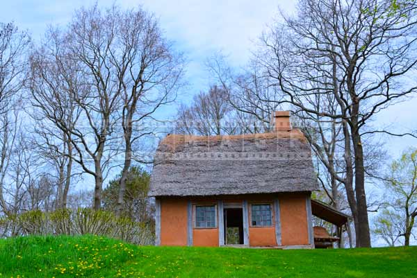 nova scotia attractions - Acadian house, pictures of buildings