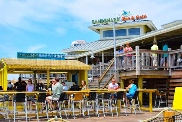 Lunchtime at Landshark Bar and Grill