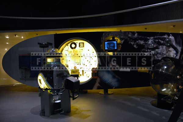 Corning museum of glass exhibitions, plan a trip travel images