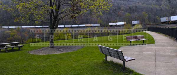 Benches and park to rest and observe trains