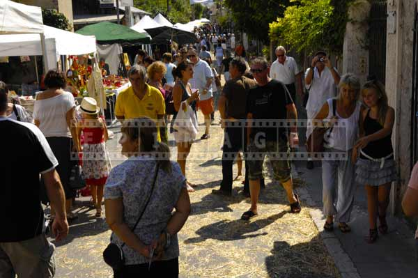 Traditional trades festival in September draws lots of visitors, street photography