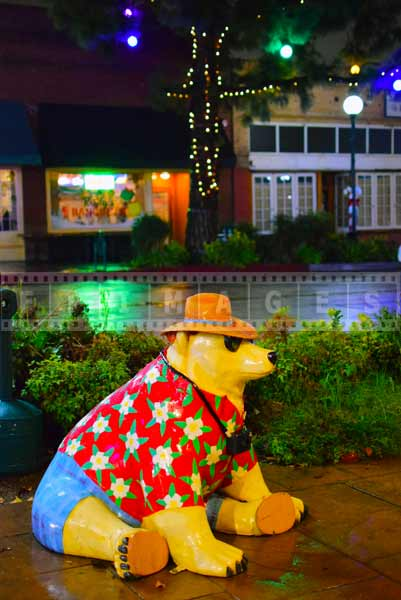 Polar bear street decoration at night, winter scene