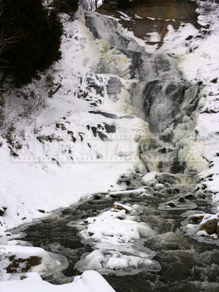 winter waterfall photos