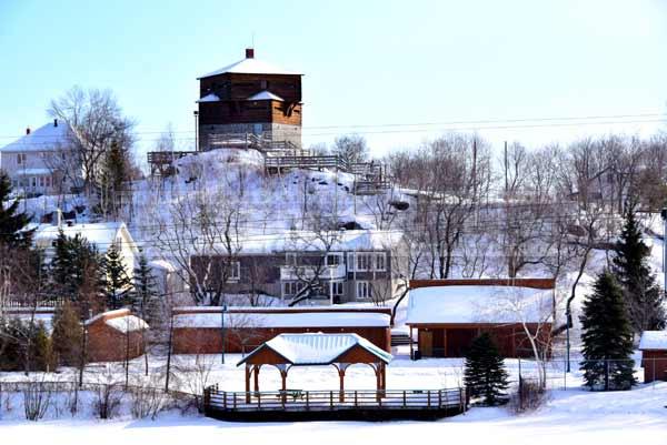 Petit Sault blockhouse, scenic winter cityscape