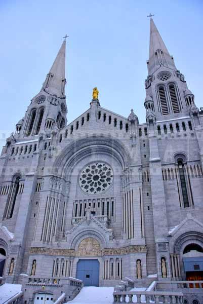 basilica sainte anne de beaupre gothic architecture