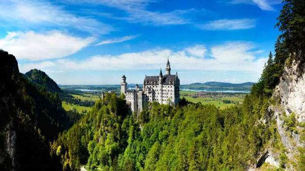 german castles and famous buildings