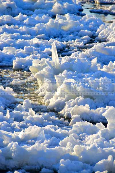 St. Lawrence river heavy ice