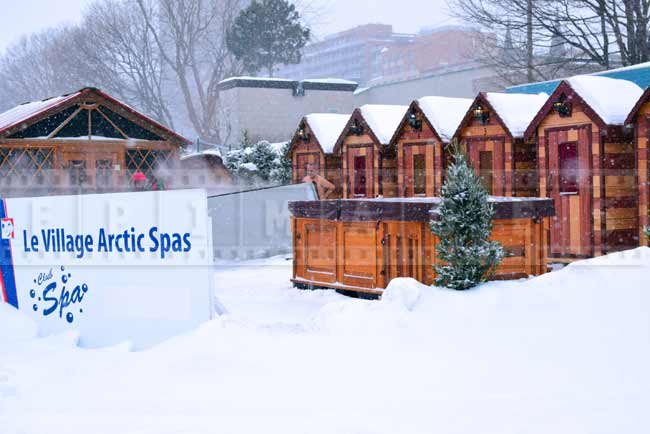Hot tubs at arctic spas - unique winter vacation experience
