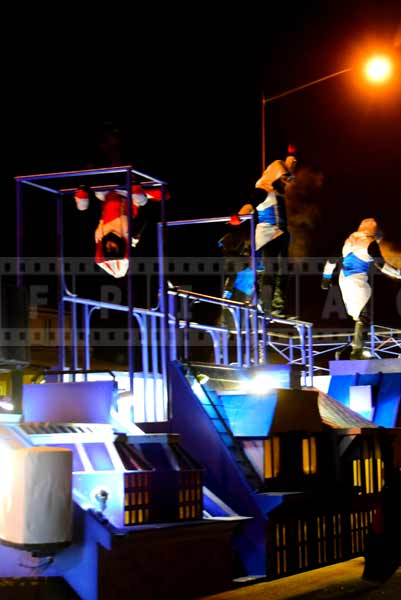 Parkour float displays great skills of the acrobats