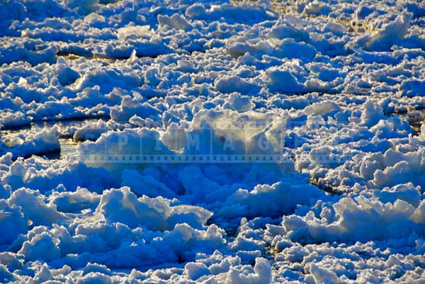 st-lawrence river seaway Canadian winter ice pictures