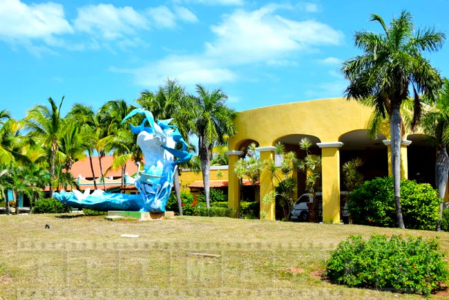 Abstract sculpture at the entrance to Iberostar Daiquiri
