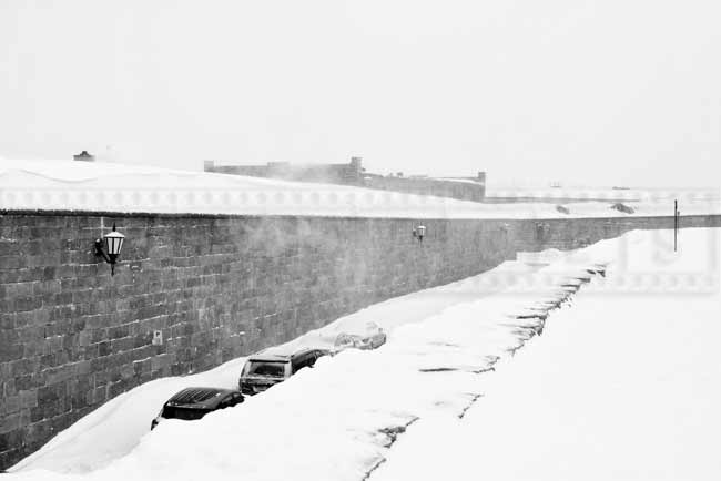 Blowing snow around Quebec Citadel