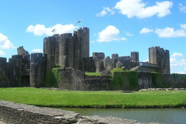 medival castles in wales, travel images of historic places