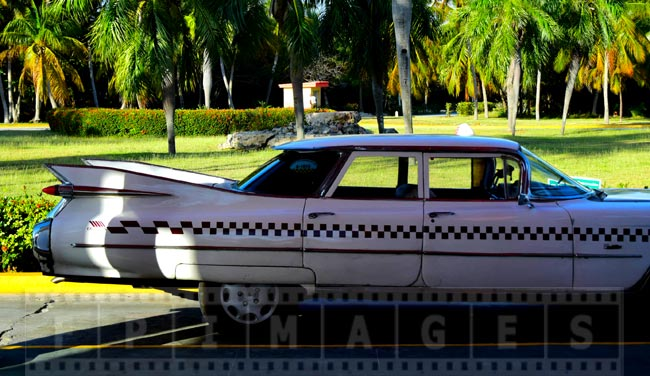 1959 Cadillac Eldorado tail fins side view