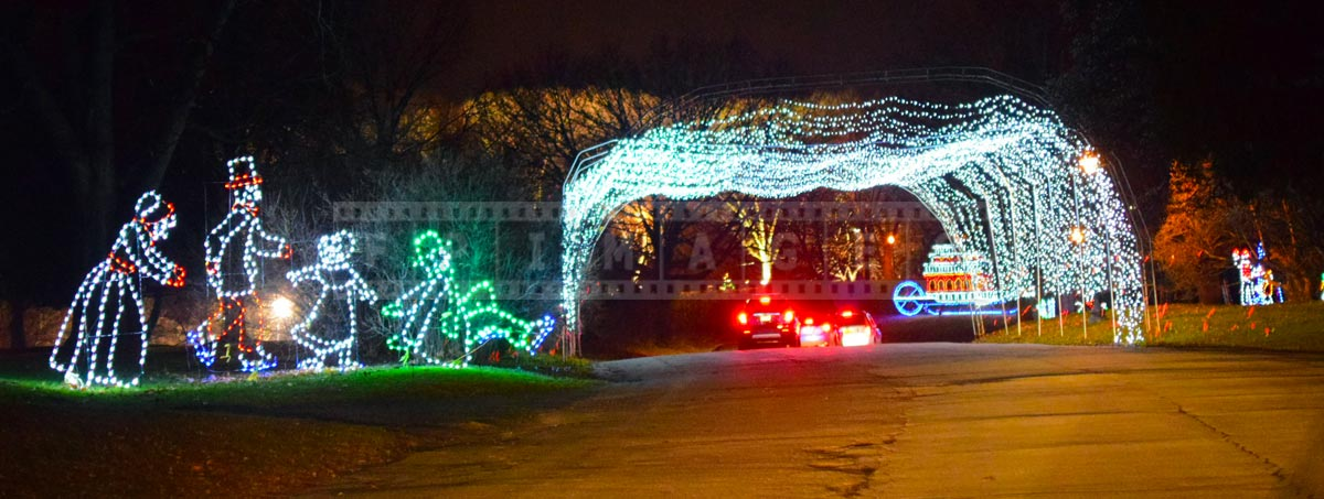 Amazing holiday lights archway for cars to drive through
