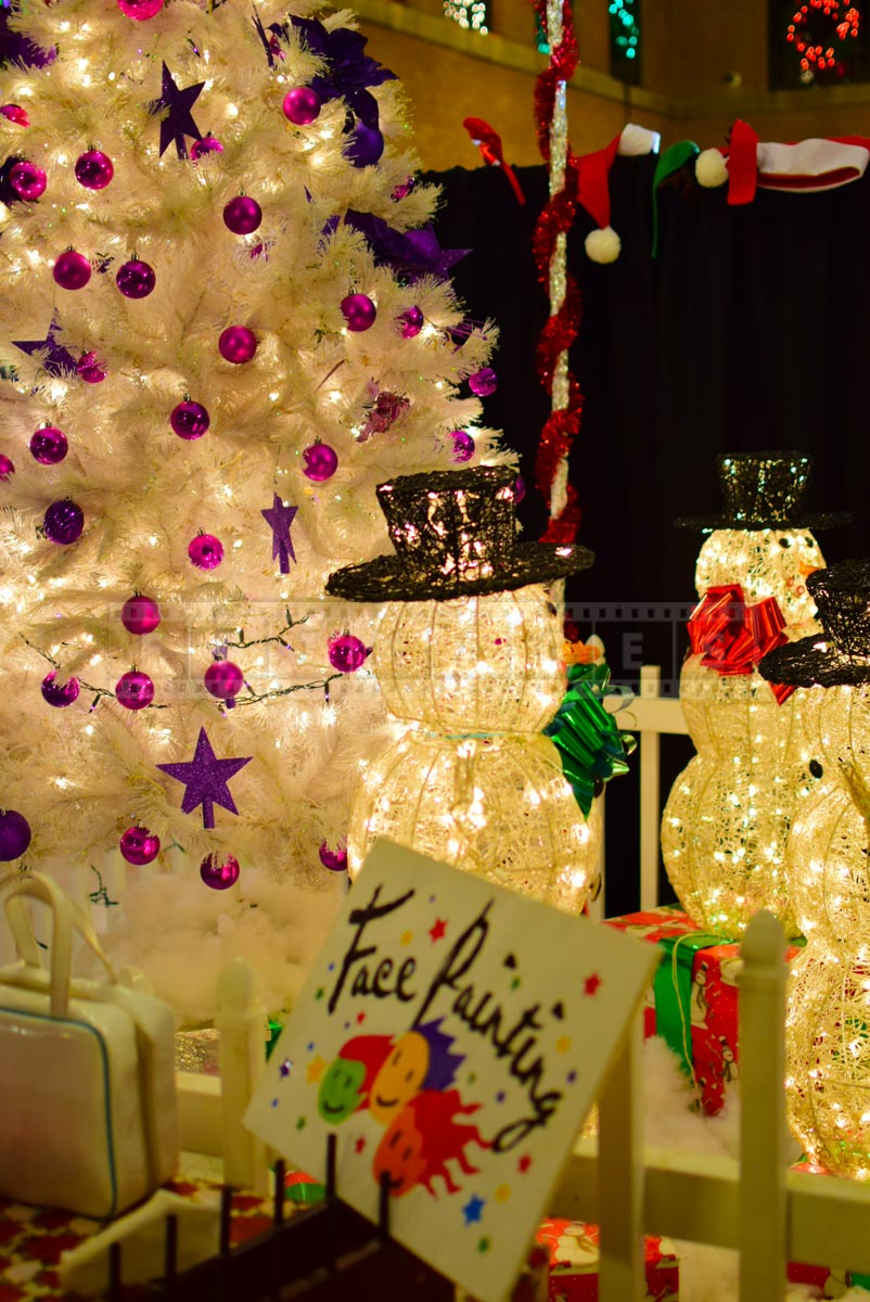Xmas arts and crafts market - snowman and white xmas tree