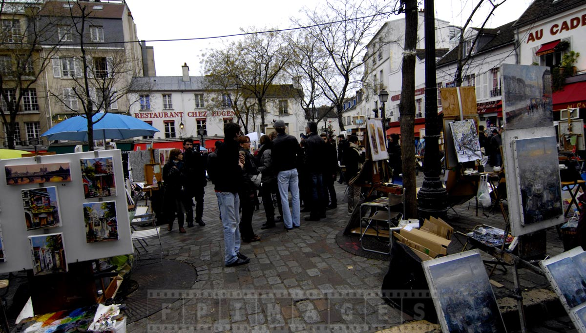 Montmartre street exhibition of artworks