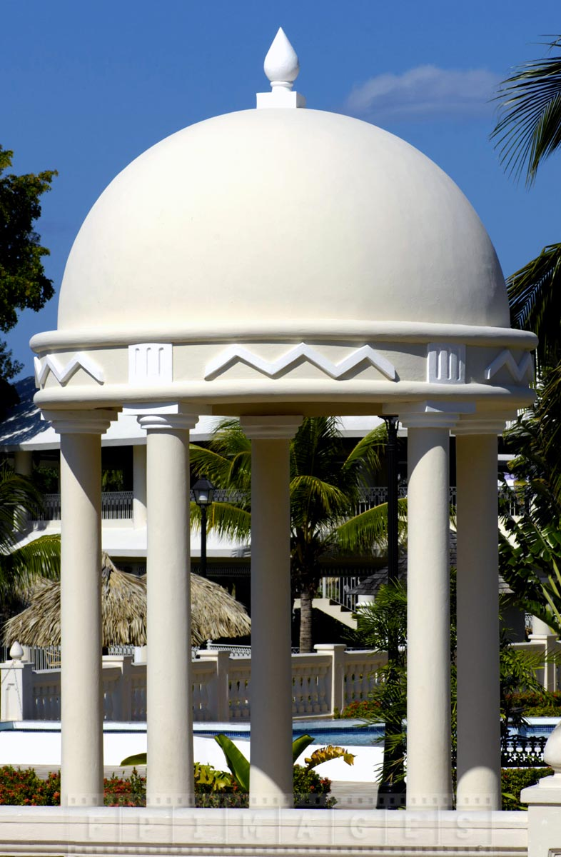 Riu Negril gazebo for special occasions