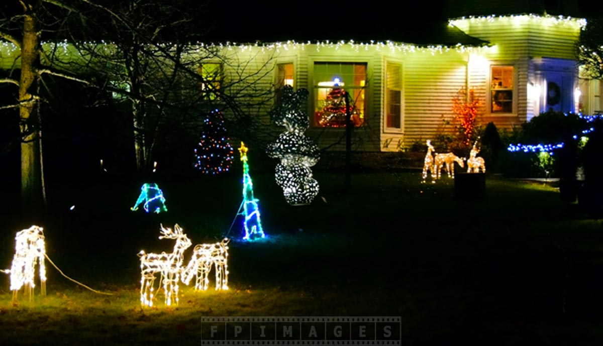 Xmas lights outdoor decorations saint andrews canada