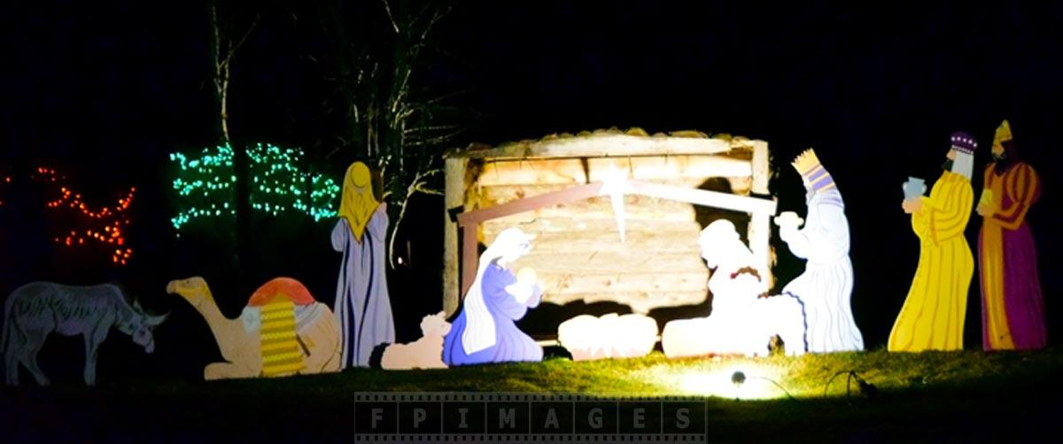 Nativity Scene Xmas lights outdoor decorations saint andrews canada