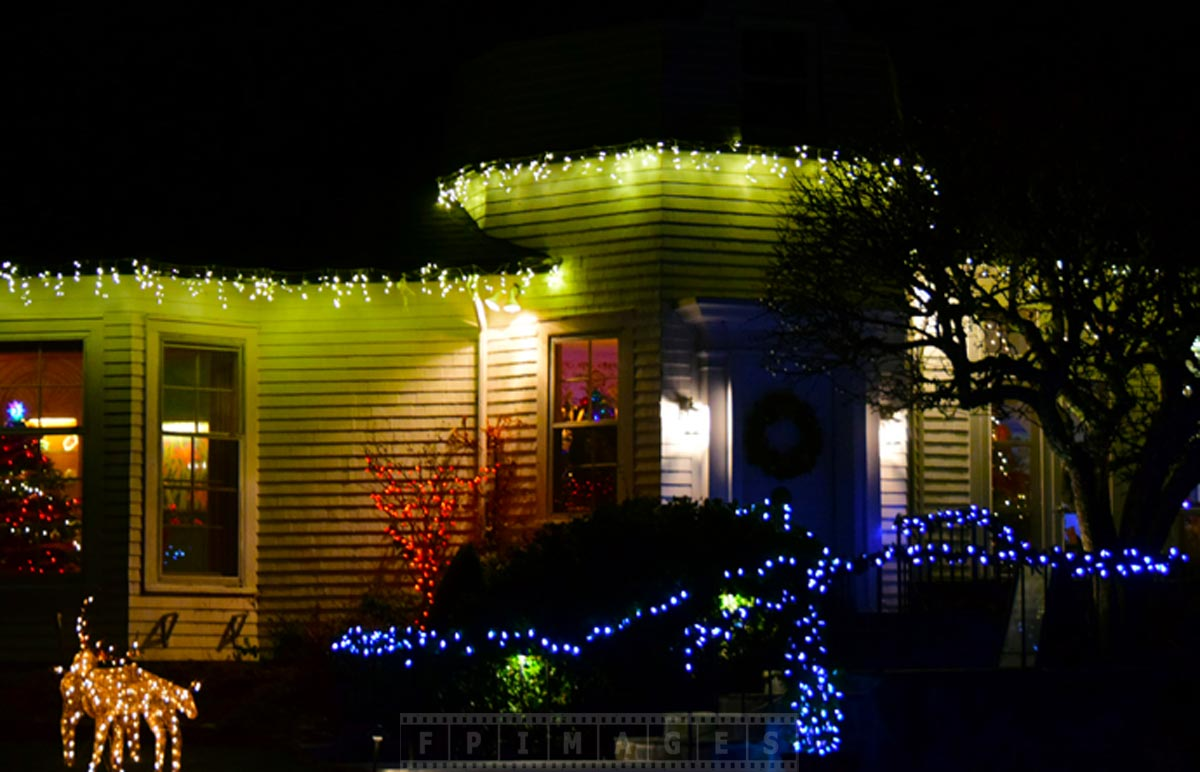 Enjoy Christmas Lights Holiday Decorations At Saint