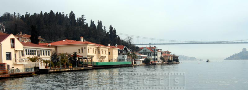 Villas on the Asian side of the strait