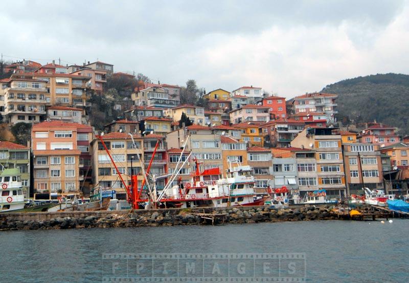 Residential development on the strait