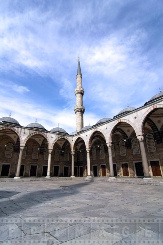 Blue Mosque interior yard columns and archways