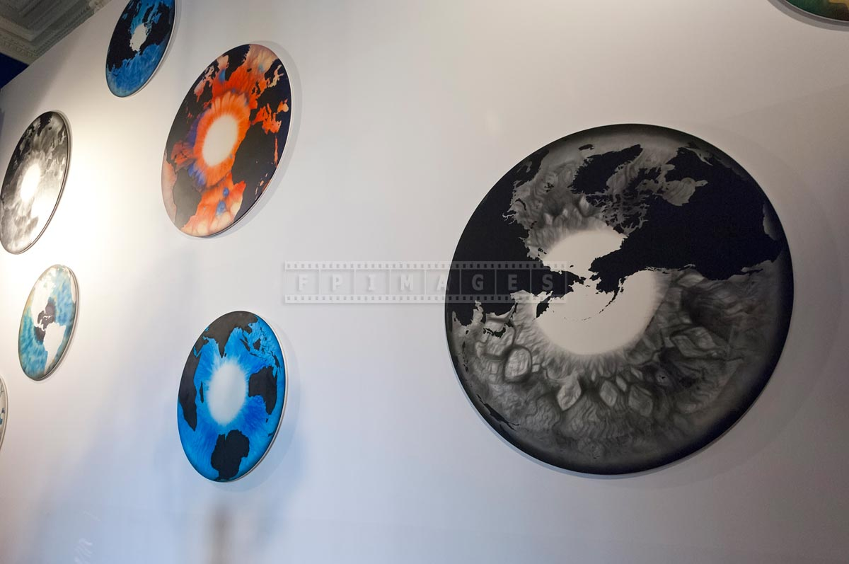 Abstract eye series round paintings