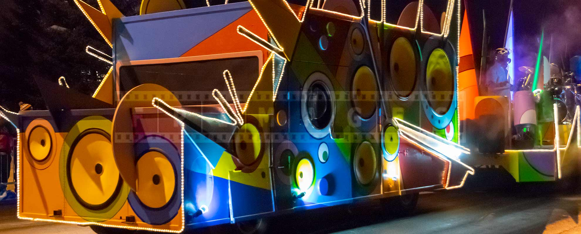 colorful musical float at quebec winter carnival